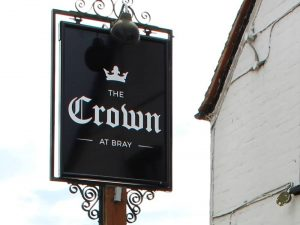 Heston Blumenthal's traditional pub The crown at bray Berkshire – Muddy Stilettos