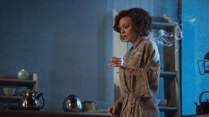 W01-DeepBlueSea-Helen-McCrory-by-Richard-Hubert-Smith