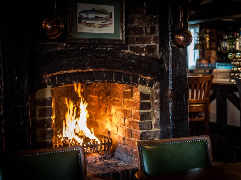 Crown at Bray Berkshire Heston Blumenthal award winning gastropub – Muddy Stilettos Berkshire