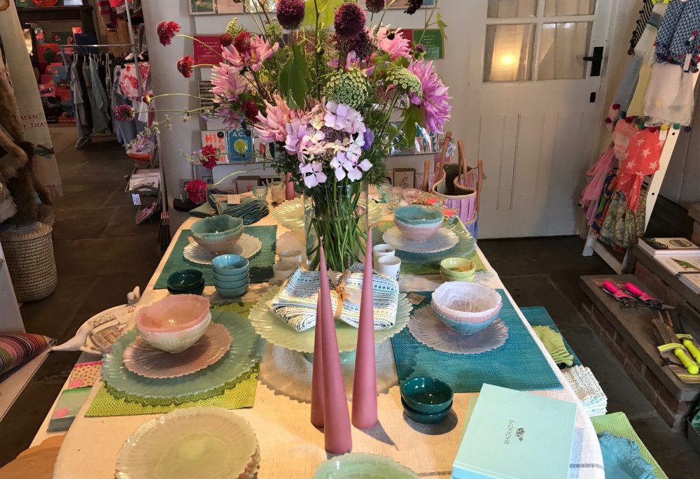 neapolitan, pastel table setting for the perfect summer dinner party