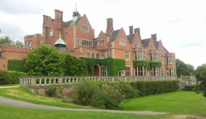 The red brick mock jacobean mansion that is Brookhurst and Marston Prep school set in 60 glorious acres of Berkshire countryside
