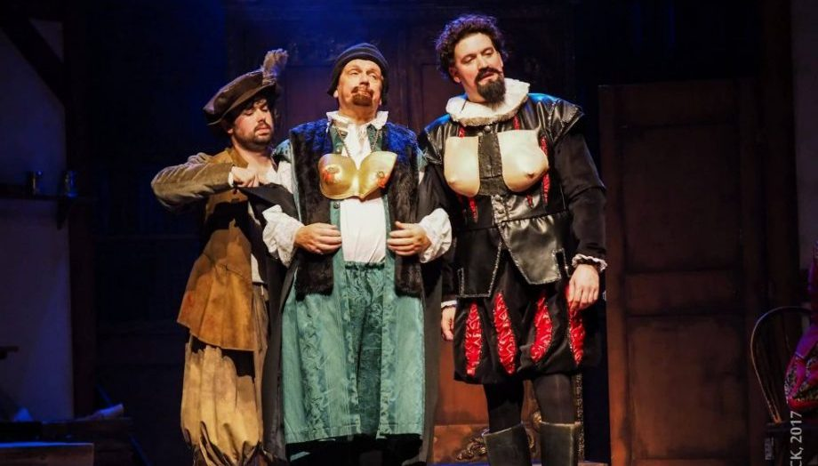 Elizabethan costumes of Blackadder and Baldrick in the first ever theatre show of the hit tv series at Soouth Hill Park Bracknell