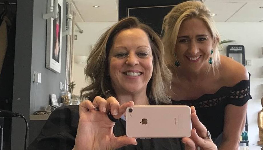 Owner Honey B and Muddy B in the house – blow dry done owner Honey grab a snap