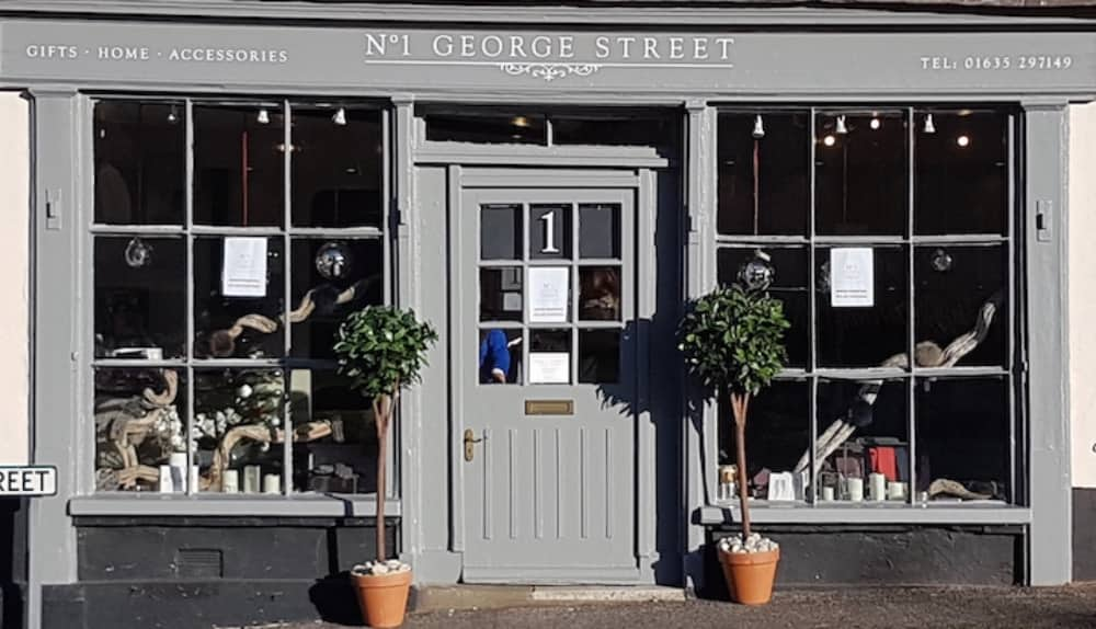 No1 George Street Kingsclere with grey door and shop window of this cool gift shop in hants