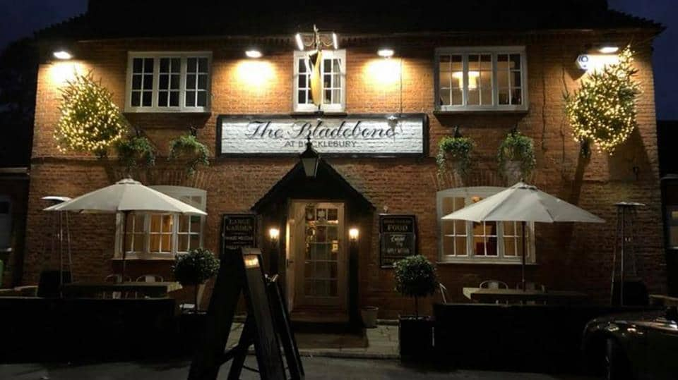 The Bladebone – a red brick, double fronted historic inn in Bucklebury, Berkshire.