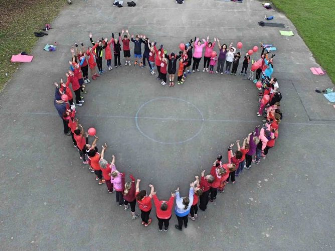 Group exercise class, form the shape of a heart at FastTrack Fit Camp bootcamp exercise classes in Berkshire