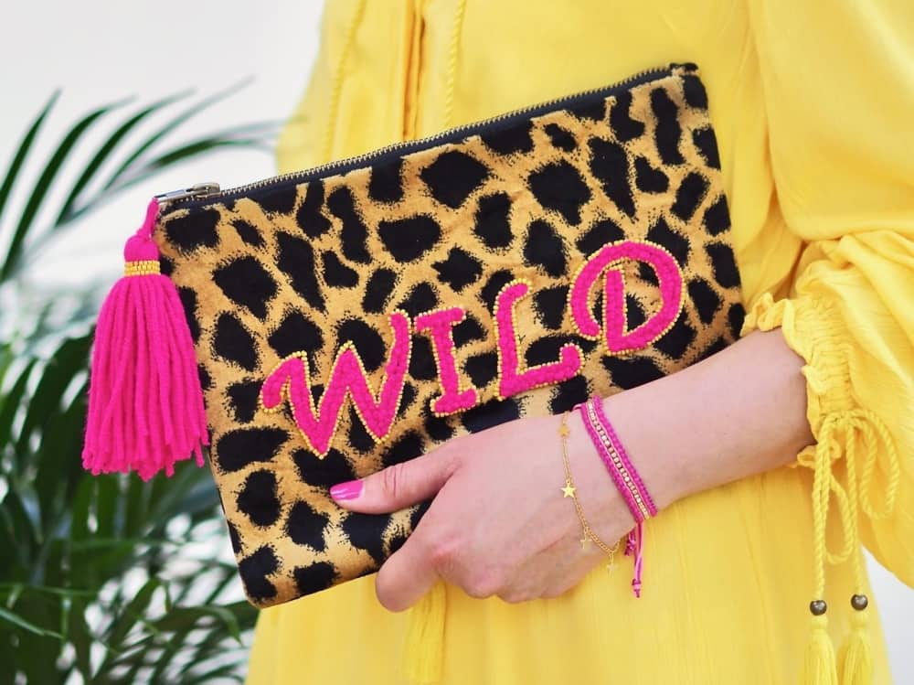 leopard print clutch with wild slogan in pink embroidery and pink tassel Gift Pop