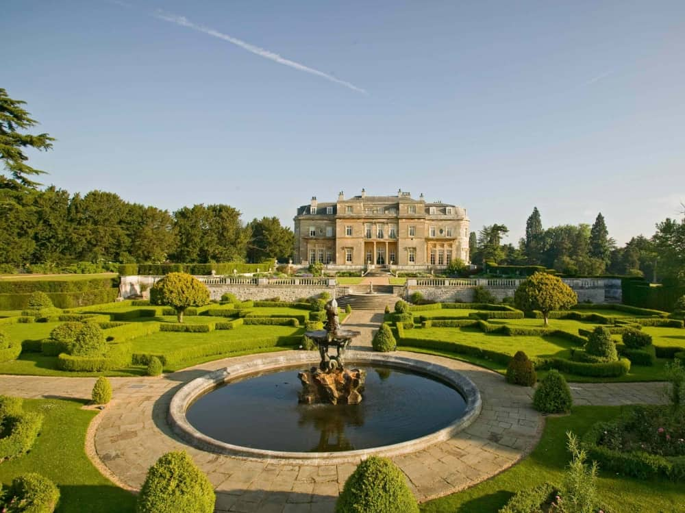 Luton Hoo Hotel, Golf and Spa, manicured lawns and historic mansion house in Bedfordshire/Hertfordhsihire border