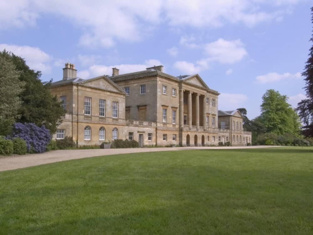 Basildon Park National Trist cream stone mansion house seen in film Pride and Prejudice