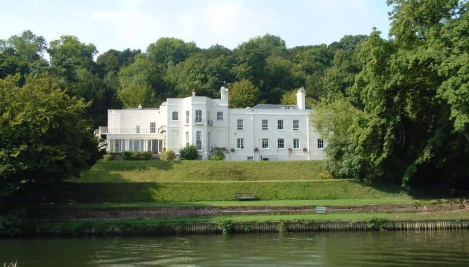Elegant what mansion house on river Thames The Grotto lower Basildon