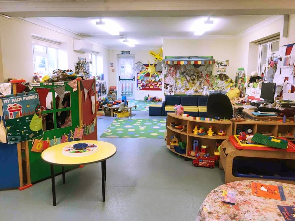 colour classroom nursery Long Close School Slough Berkshire