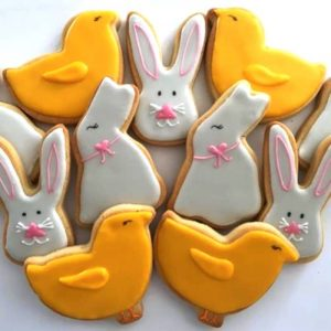 Colline Bakes Newbury baker Easter biscuits Rabbit and chicks