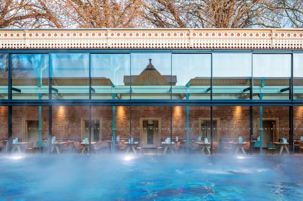 THAMES LIDO Reading outdoor pool glass windows to restaurant