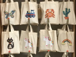 Craft Coop mosaic bags with precept design for children
