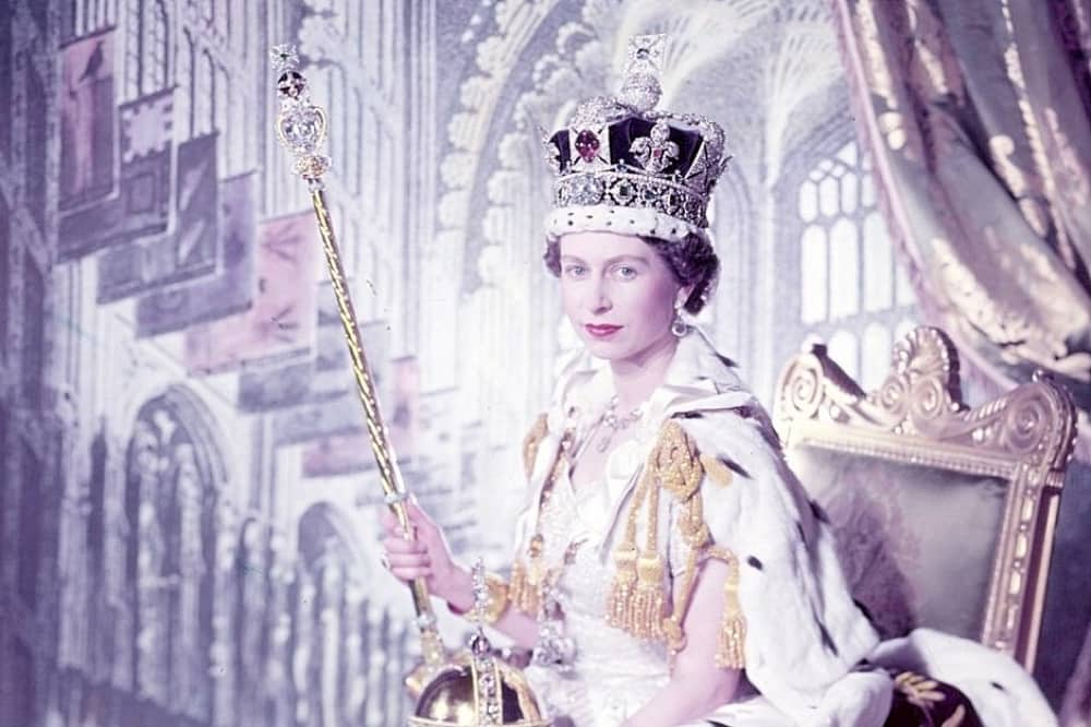 Queen Elizabeth II Coronation crown and sceptre