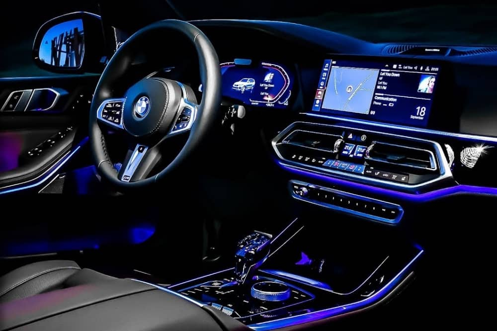 New 2019 BMW interior with 12in screen