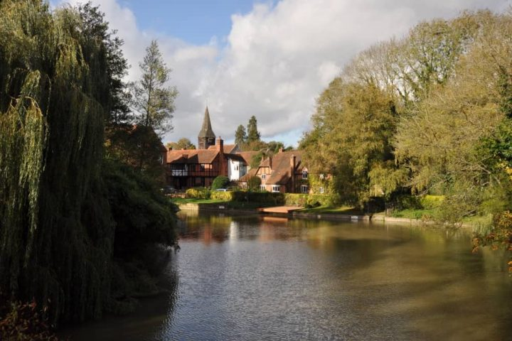Pangbourne village river trees houses and church spire