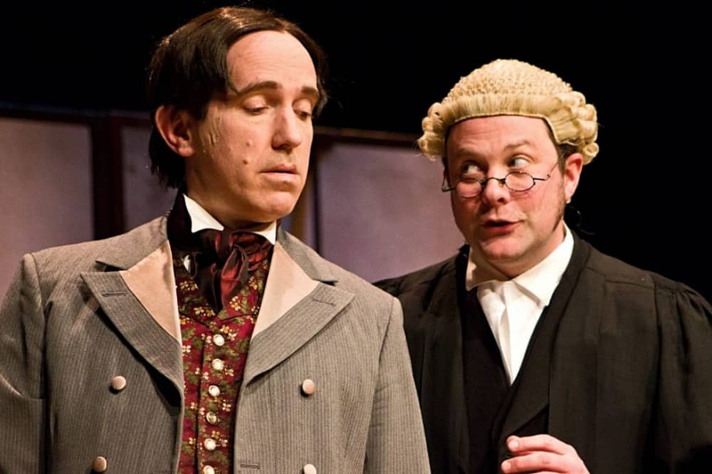 The Trials of Oscar Wilde Windsor Theatre Royal OScxafr Wilde and barrister in court