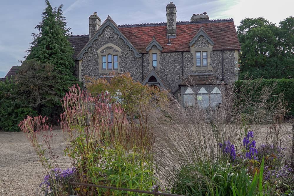 Braywood House Estate Berkshire victorian rectory flint and bath stone gravel drive and flowers