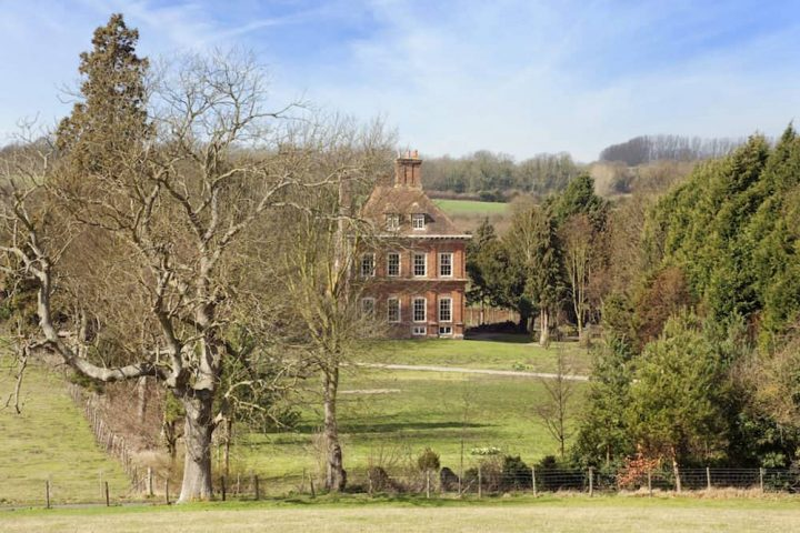 THE PIG CANTERBURY KENT period house hidden behind trees