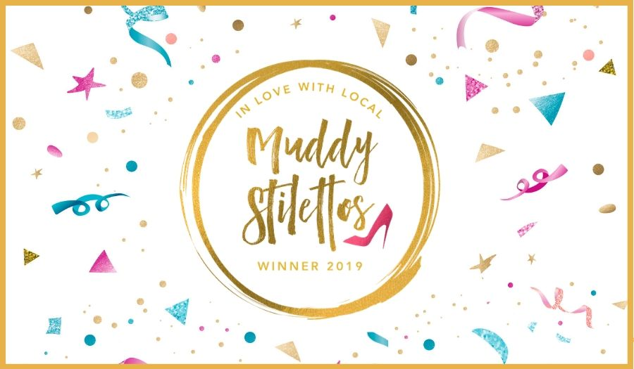 Muddy Awards 2019 gold log winners confetti