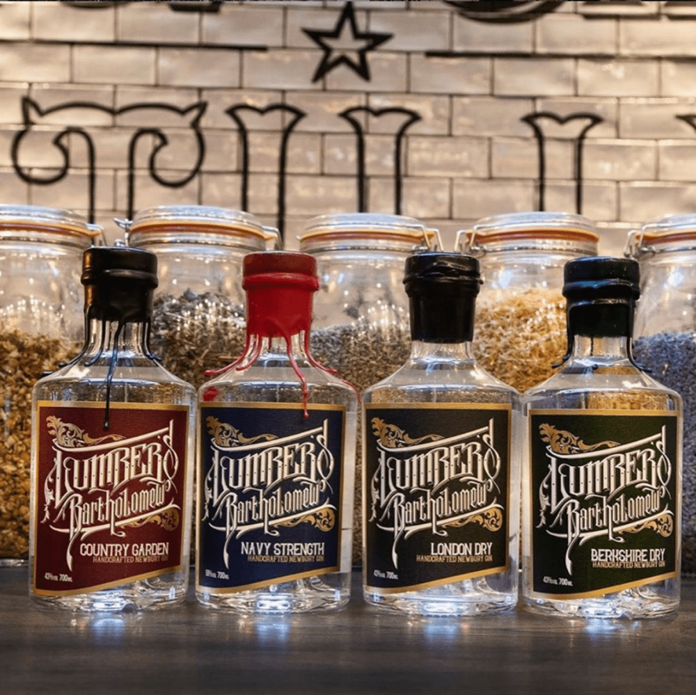 137 Gin Lumber's Bartholomew Berkshire Dry, London dry, Country Garden and Navy Strength