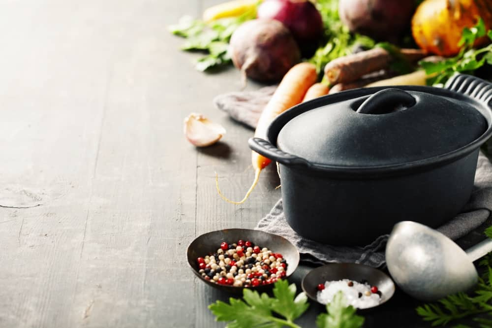 Cooking pot with fresh veg