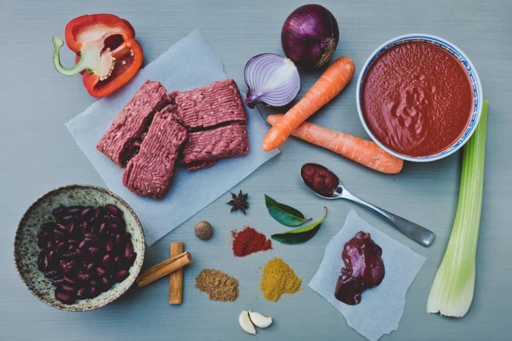 Smart Infused füd flatlay of chilli con carne ingredients