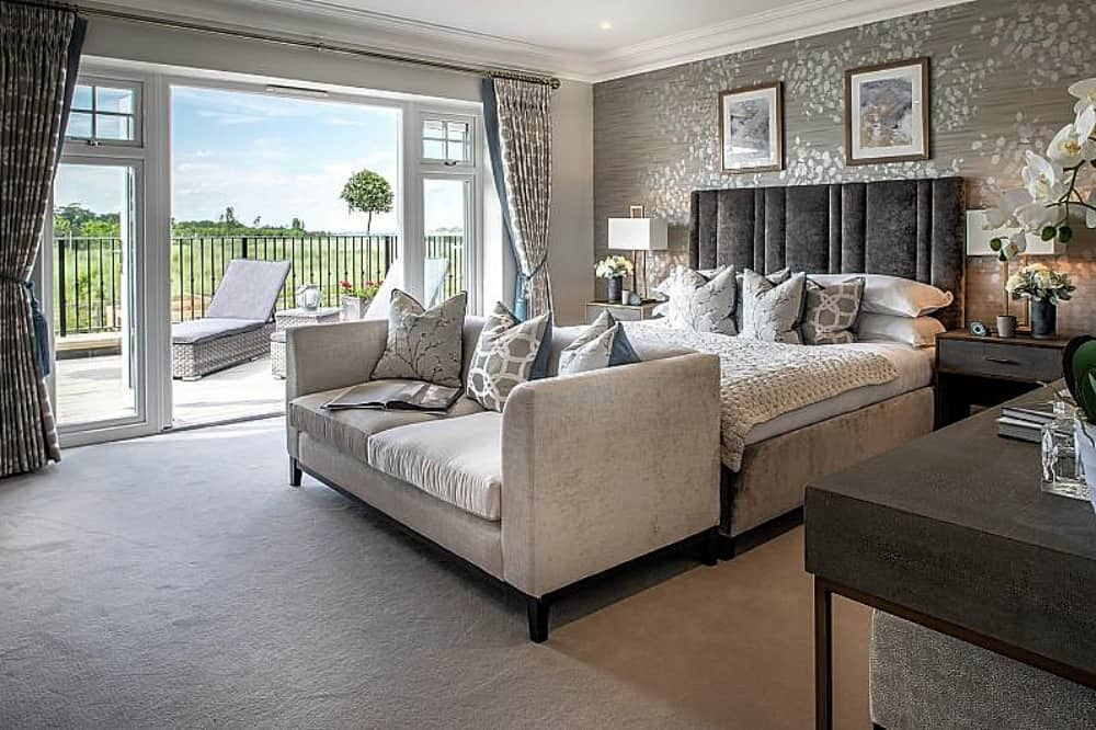 Breedon PLace Pangbourne The Allington master bedroom dressing room en suite and private tearrAce