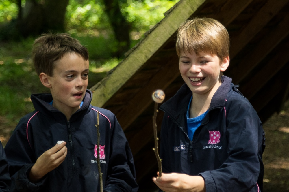Elstree School Berkshire boys prep marhmallows