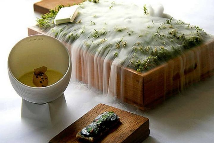 Fat Duck Bray smoking box with moss