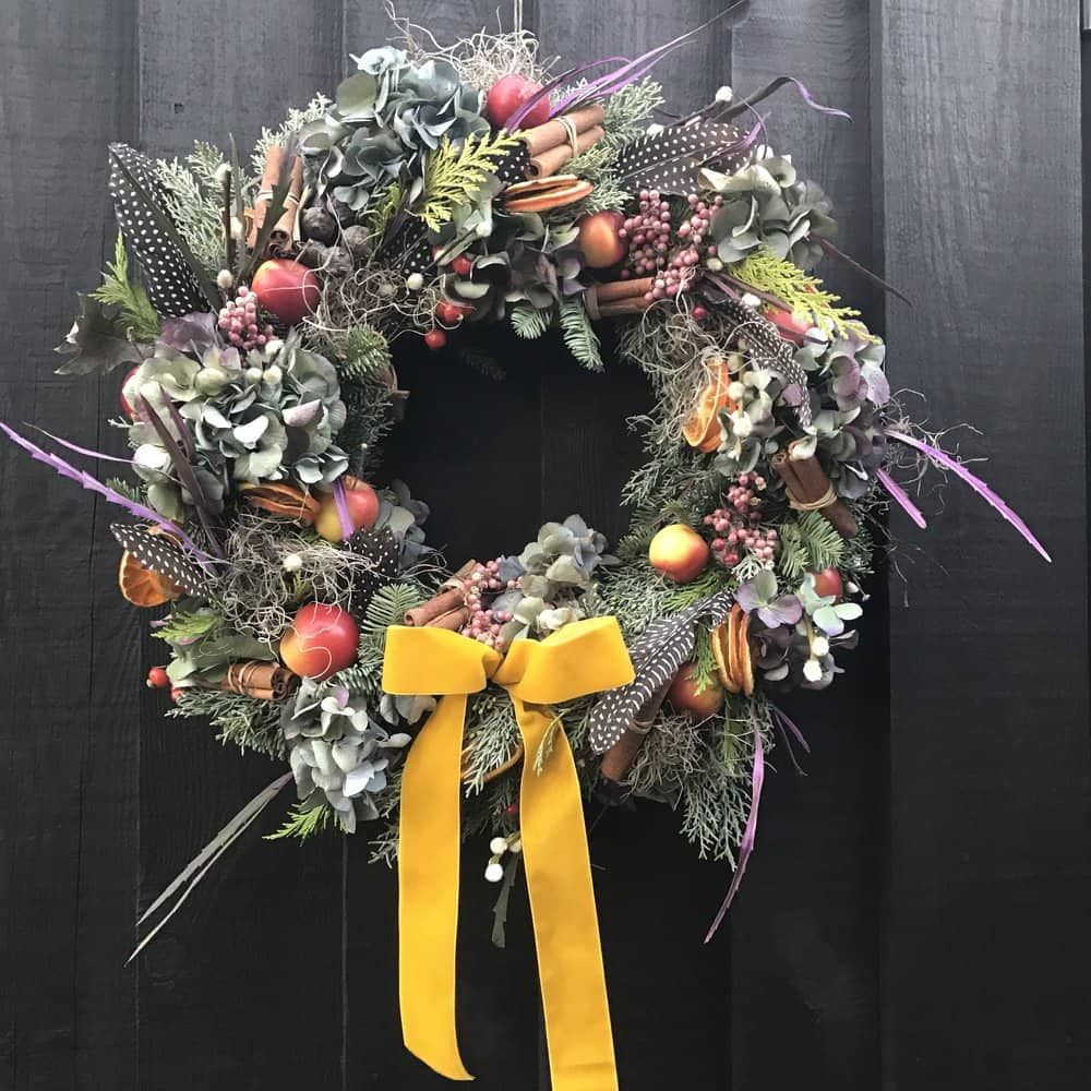 White Horse Flower Company Christmas Wreat