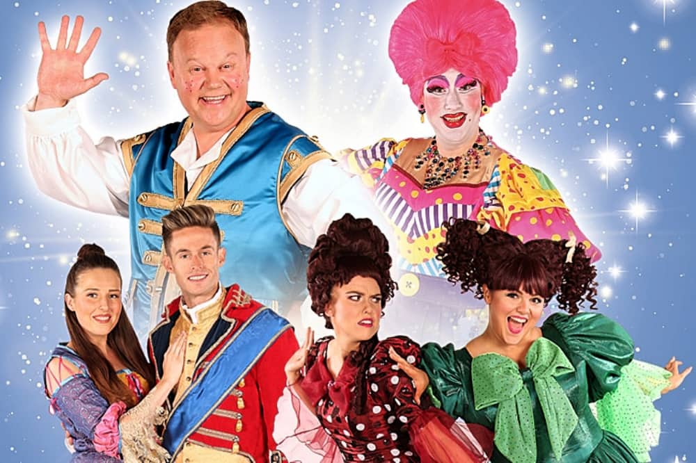 cinderella The Hexagon Reading Justin Fletcher and Paul Morse panto 2019