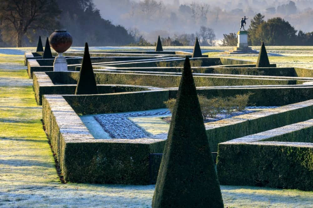 CLIVEDEN SOUTH PARTERRE WINTER