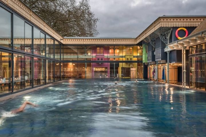 Thames Lido Reading open air pool and restaurant