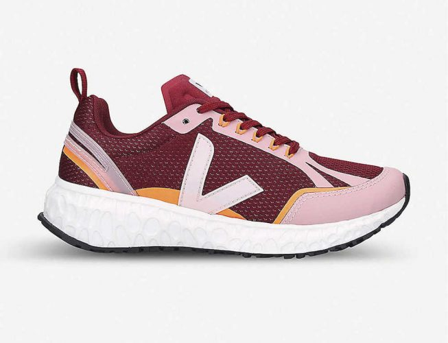 Veja running traners in burgundy and pink
