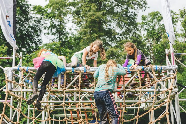 The Little Welly, 2019, Henley kids climbing over obstacle course
