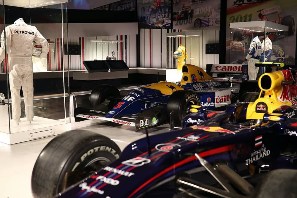Silverstone Experience formula 1 cars and race suits