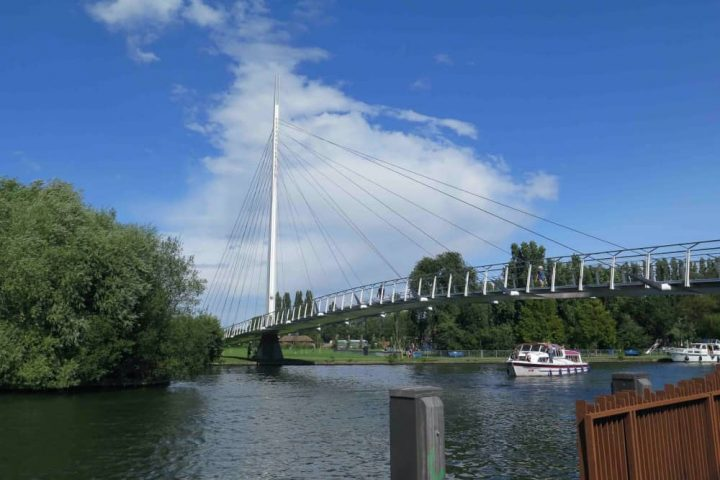 Caversham footbridge nr Reading Berkshire