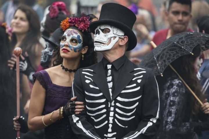 Day of the dead festival in Bond film Spectre