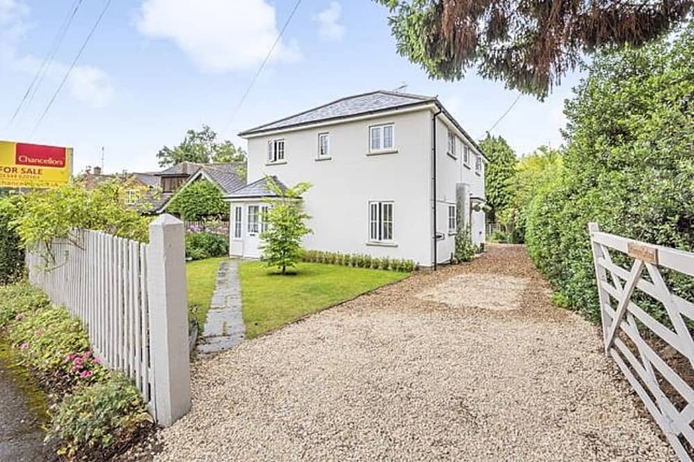 4 bed detached house sinningdale chanclellors