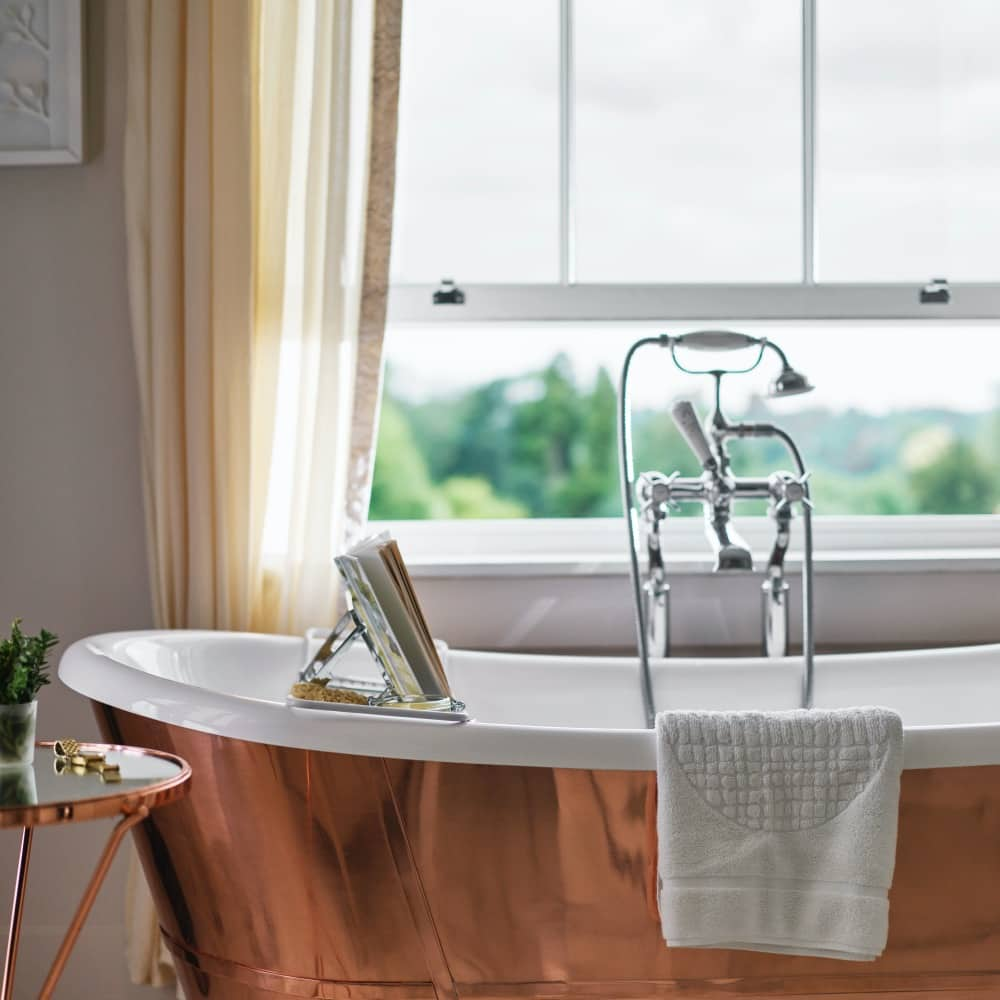 Coworth Park-Mansion House Premium Suite-Arbuthnot-bath-portrait