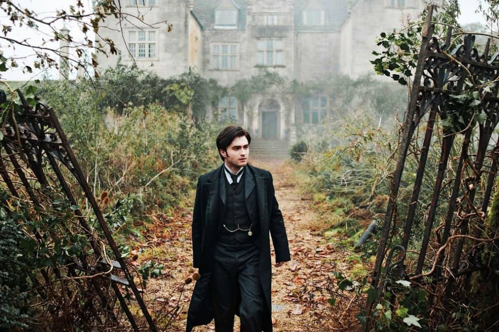 Daniel Radcliffe in the-woman-in-black-2011