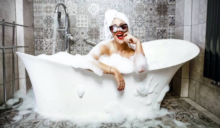 Woman in bath_900x525