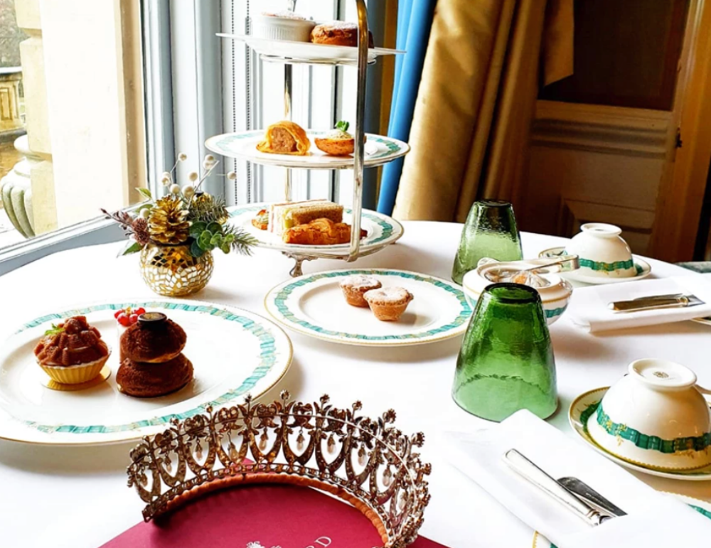 Cliveden House Festive Afternoon Tea with Garrard's