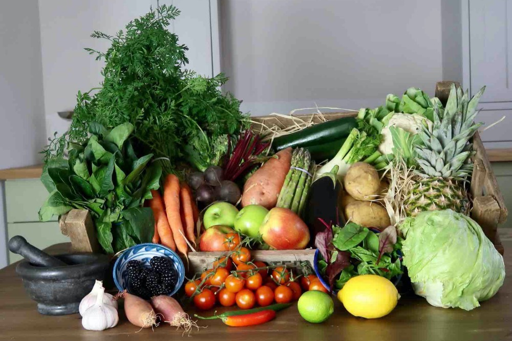 CA Belcher fruit and veg box