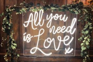 All you need is love neon Blooming Fabulous Flowers